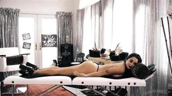 Karlee Grey  - Metal Massage Part 1 [FullHD/1080p]