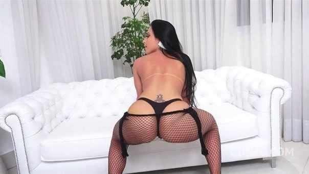 Liandra Andrade, Vinny, Erik Klein -  Airtight Group Fuck With Sexy Brazilian Slut Liandra Andrade Bz017  [SD]