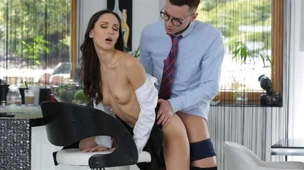 Anal-Yse For Lilu Moon