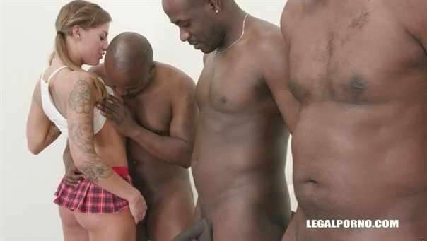 Silvia Dellai Gangbang By 8 Black Guys Iv287