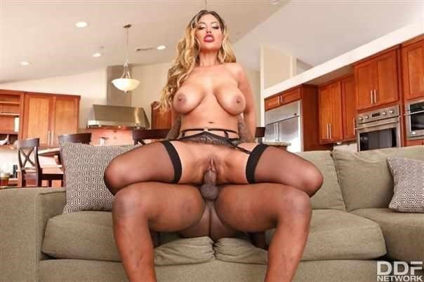 Bridgette B - Big Black Cock Makes Her Wet (SD)