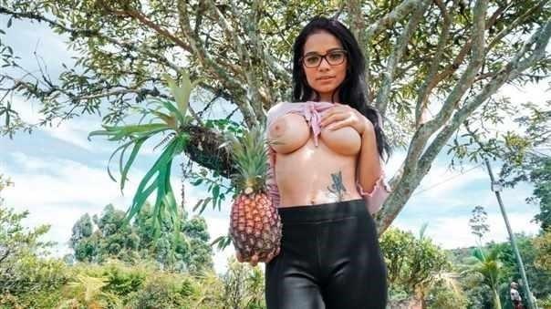 Pussy Tastes Like Pineapple